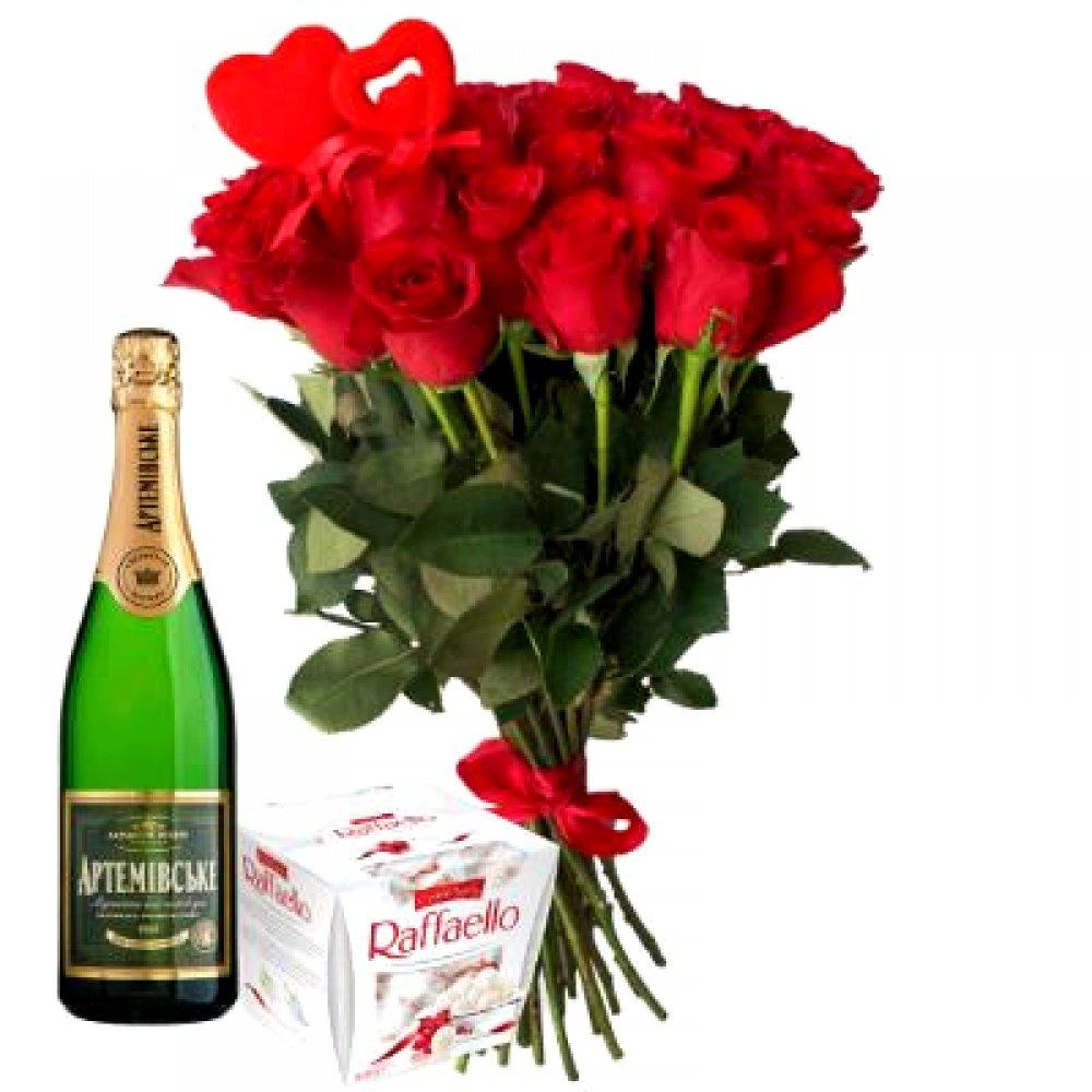 21 роза с конфетами и шампанским