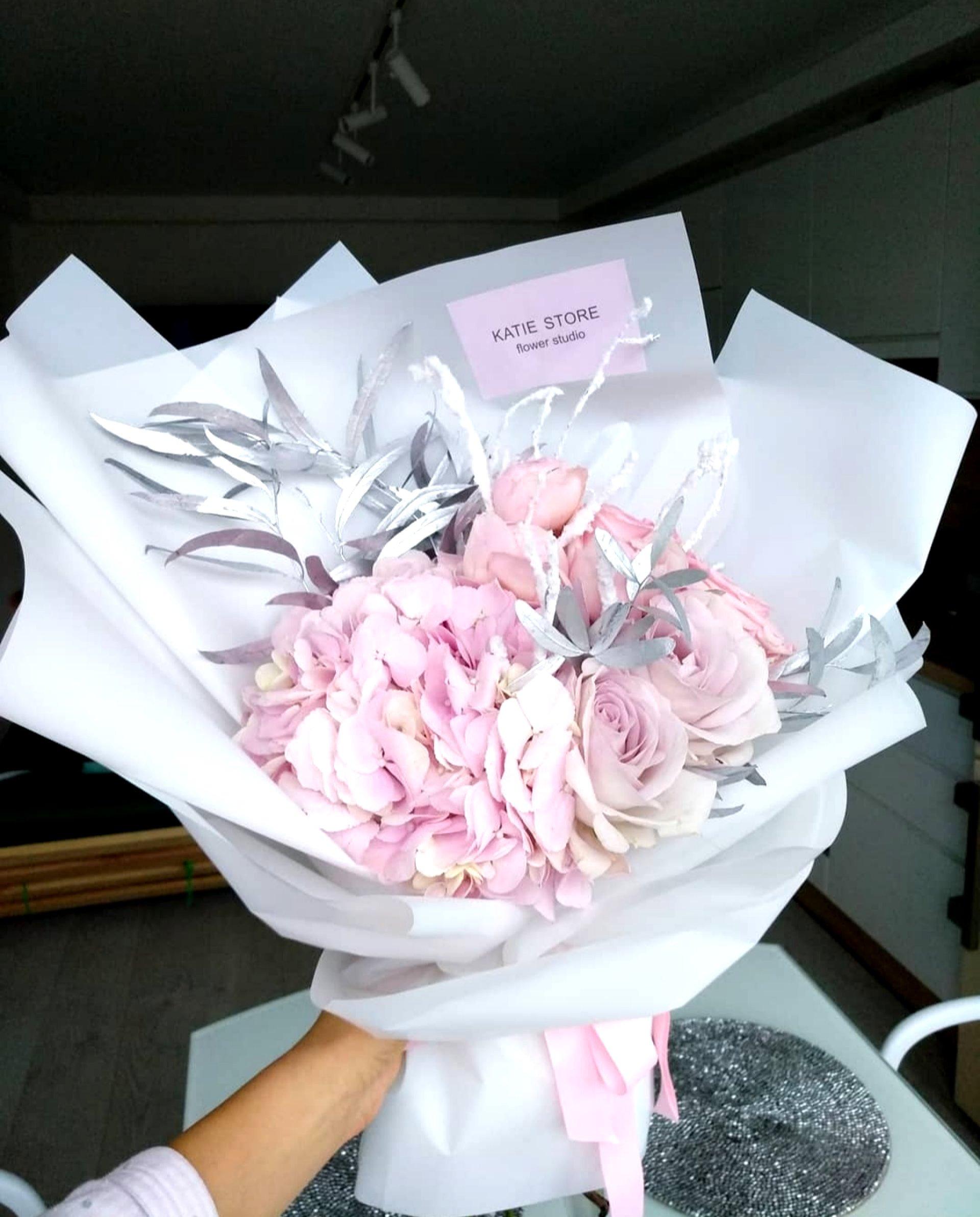 Розовое серебро.
