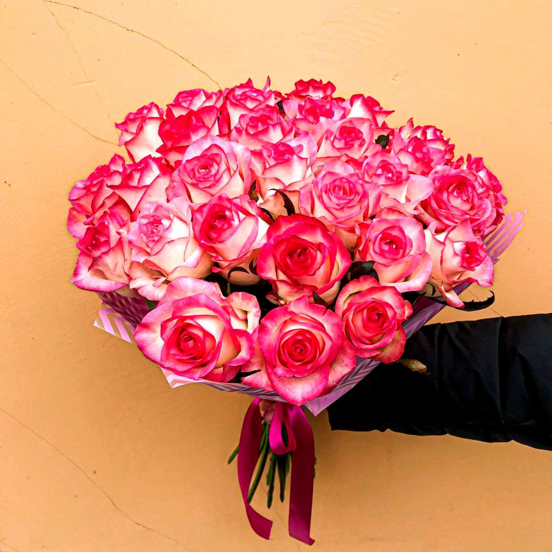 Букет нежно-розовых роз (25 шт)